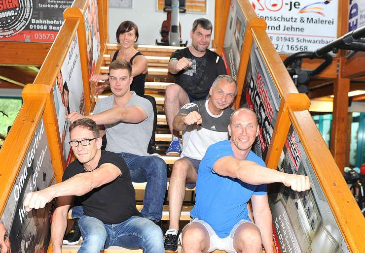 Starke Herausforderer beim Drachenbootrennen zum 5. Senftenberger Hafenfest